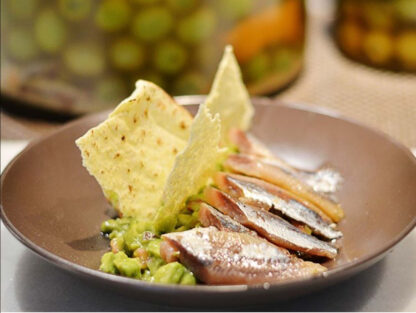 Smoked sardine fillets with guacamole